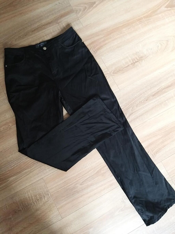 Chanel pantalone M velicina