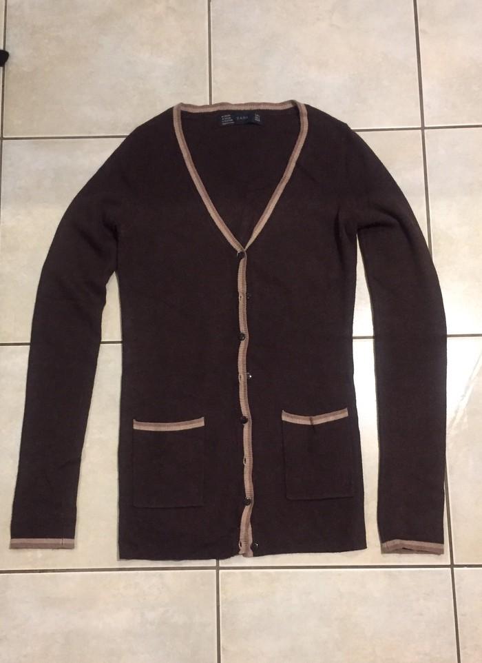 Κοστούμια - Υπόλοιπο Αττικής: Κομψό ζακετάκι Ζara. No S . Καφέ με μπεζ ρέλια . Καινούργιο