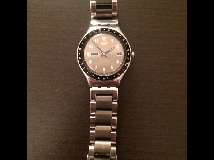 Bakı şəhərində Kişi üçün original swatch saatı. İstifade olunub. Heç vaxt temirde