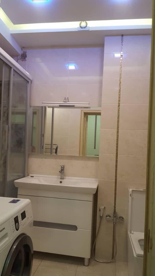 Сдается квартира: 4 комнаты, 174 кв. м., Бишкек. Photo 1