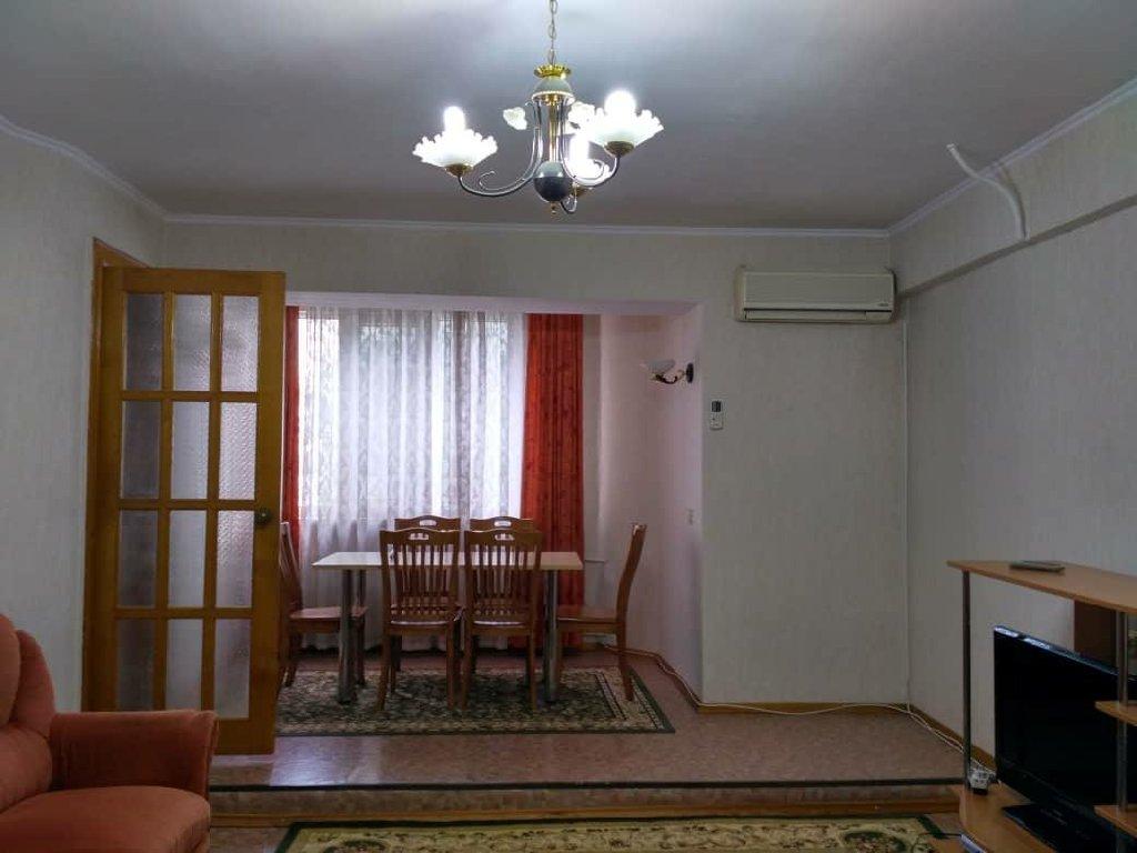 Сдается квартира: 3 комнаты, 85 кв. м, Чон-Таш