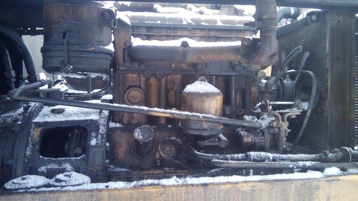 продаю двигатель мтз 80 полный комплект новый чешский стартер апаратур в Бишкек