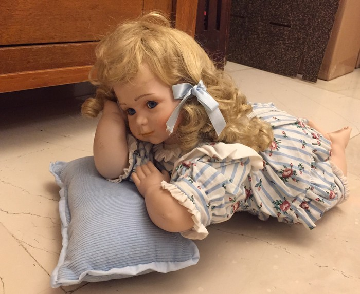 Συλλογή από εξαιρετικης ποιότητας ρεαλοστικές,πορσελάνινες  κούκλες