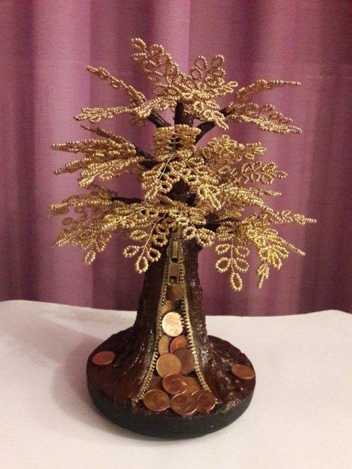 Το νεαρό δέντρο του χρήματος