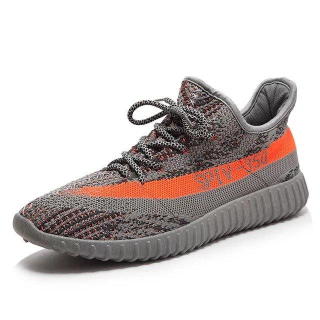 Yeezys παπούτσια. Photo 2