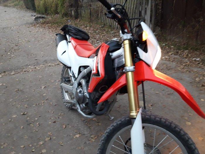 Honda crf 2014 250l сост идеал Звоните whatsapp в Бишкек