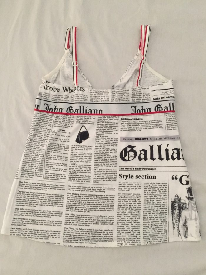 John Galliano αυθεντικό μπλουζακι με. Photo 1