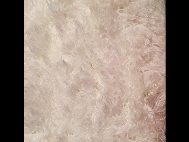 Новый белый и нарядный как невеста ковер 2 х 3 метра, с ворсом 2 см. в Бишкек