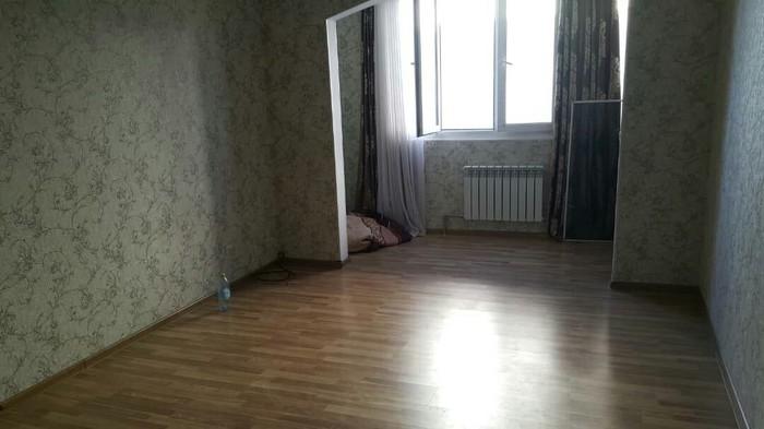 Продается квартира: 1 комната, 45 кв. м., Бишкек. Photo 1
