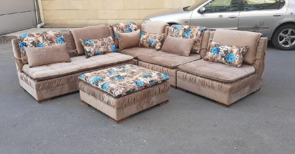 Sofas. Photo 0