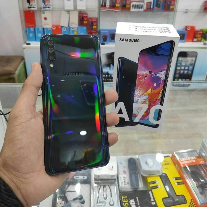 Новый Samsung A790 128 ГБ Черный. Photo 0