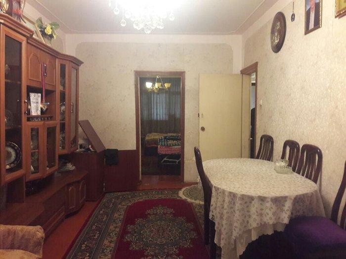 Sumqayıt şəhərində Sumqayit weher 42kvartal 5/4 orta ev hamam/tualet tam temir ev sade