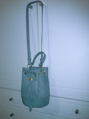 Oλοκαινουργια τσαντα ZARA bucket bag, με υψος 18 cm. Photo 2
