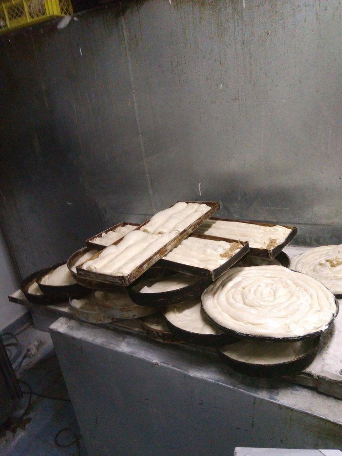 Potreban pekar za trecu smenu hleb .belo pecivo.dobri uslov - Batajnica