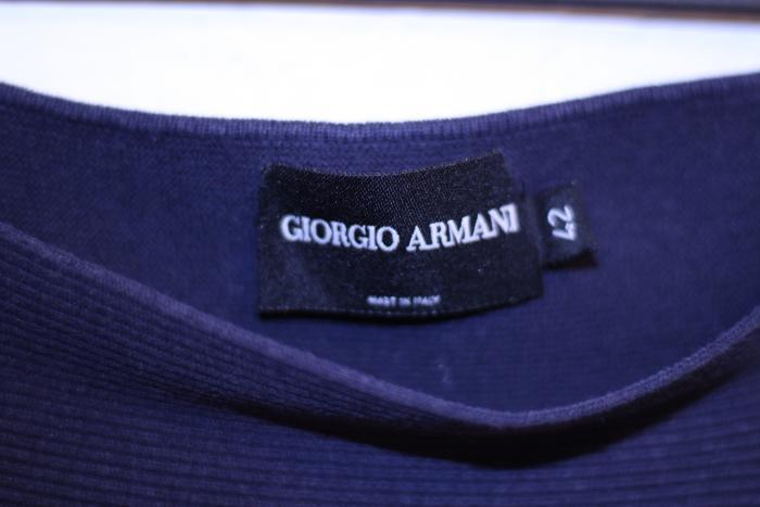 Ριγε τοπ giorgio armani νουμερο 42 που αντιστοιχει σε Μ. Photo 0