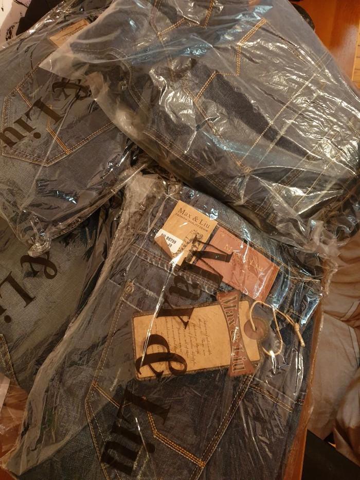 Καινούργια τζιν παντελόνια, γυναικεία και αντρικά σε διάφορα μεγέθη. Photo 1