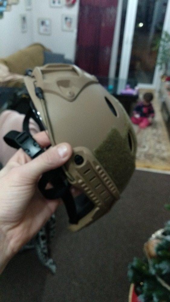 Airsoft helmet με γυαλια προστασιας. Photo 2
