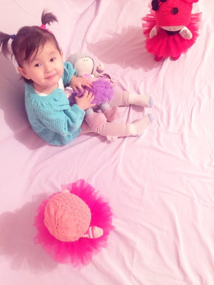 Вязаные кофты куклы на заказ и в наличии и любые вещи можете заказать в  Бишкек 09d1afa6c4c