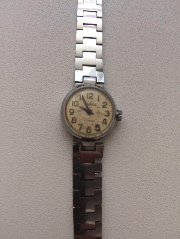 Чайка продам часы антикварные спщб часы продать