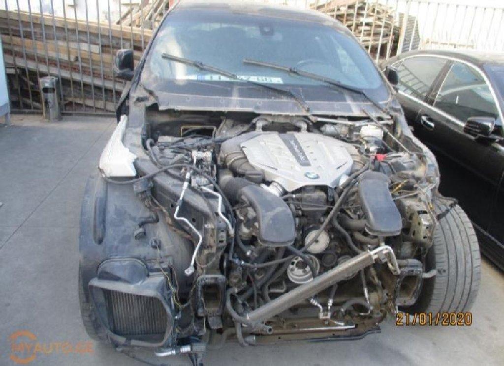 Zabrat şəhərində BMW X6 2011