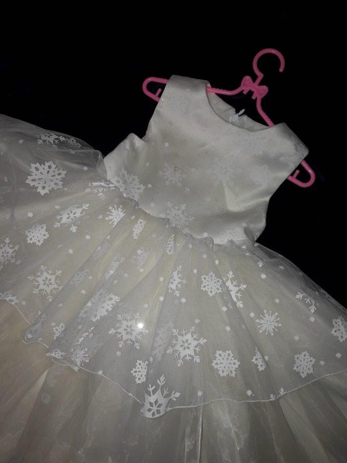 3561e8b4fcb Детское пышное платье снежинка на 1