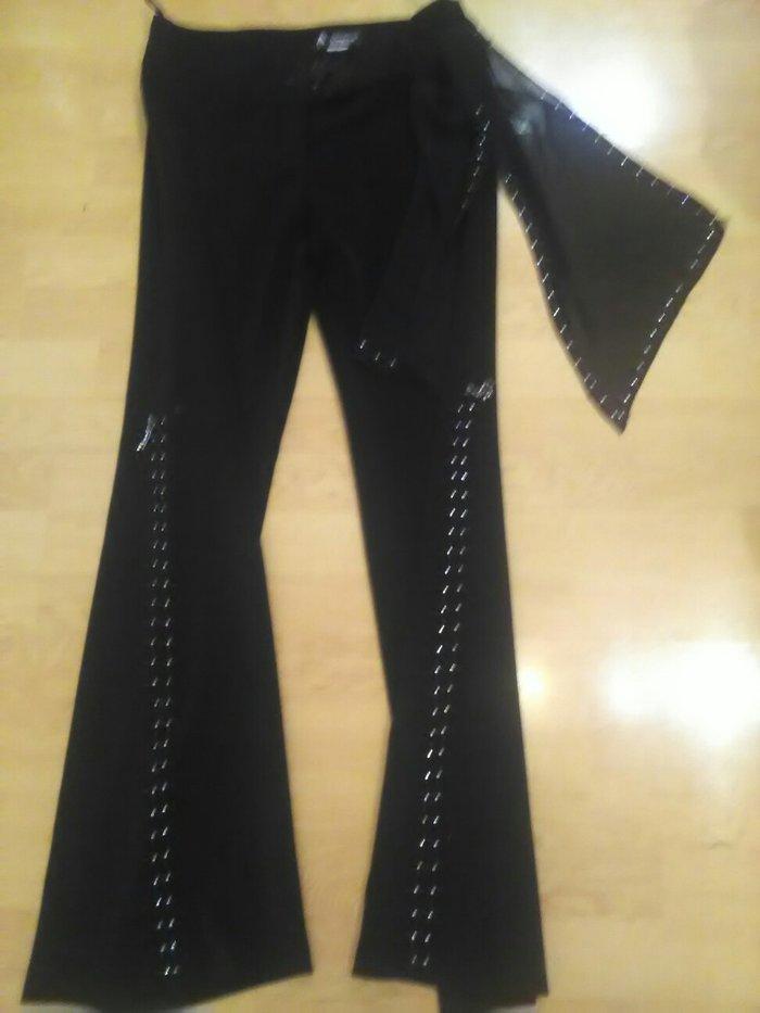Pantalone sa cirkonima kvalitetne za svecane prilike.Velicina 38
