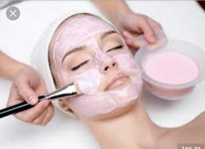 Bakı şəhərində Gozellik salonuna kosmetoloq teleb olununur.