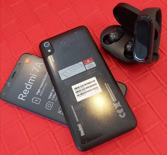 Yeni Xiaomi Redmi 7A 16 GB qara. Photo 0