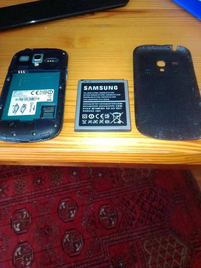 Μεταχειρισμένο Samsung Galaxy S3 Mini 8 GB μαύρος. Photo 2