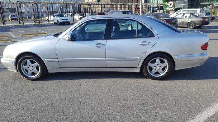Mercedes-Benz E 240 2000. Photo 2