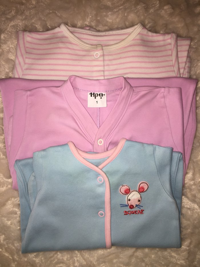 3 babygrows. 0-3 months. Excellent condition. . Photo 0