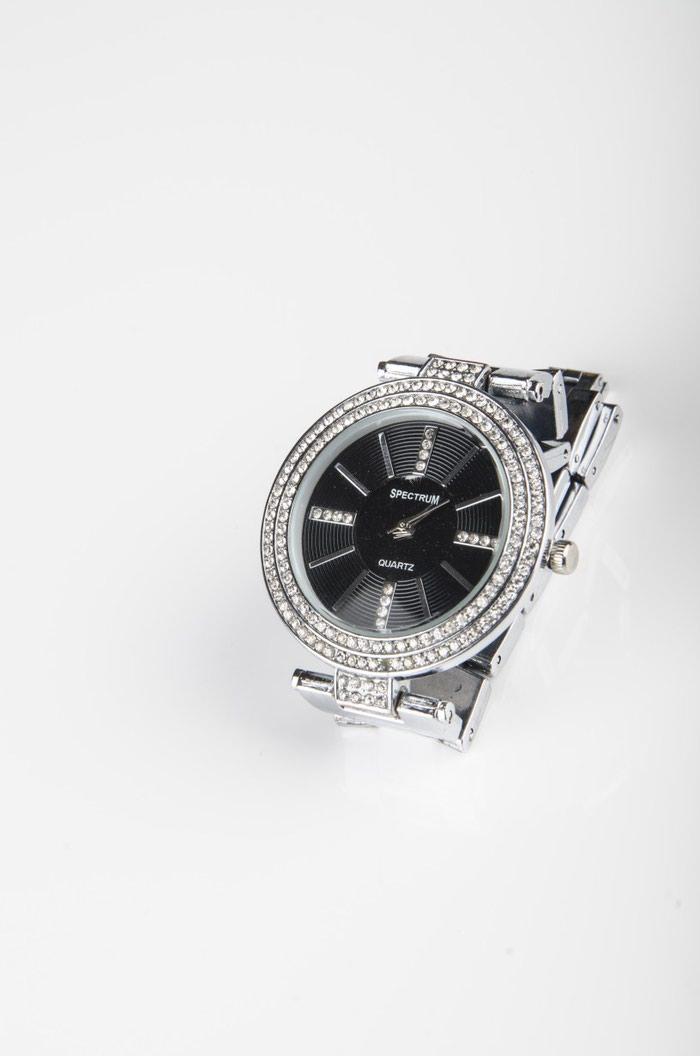 b223162a76145 Женские наручные часы за 450 KGS в Бишкеке: Наручные часы на lalafo.kg