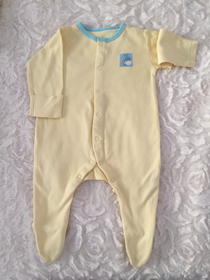 4 babygrows. 0-3 months. Excellent condition.. Photo 1