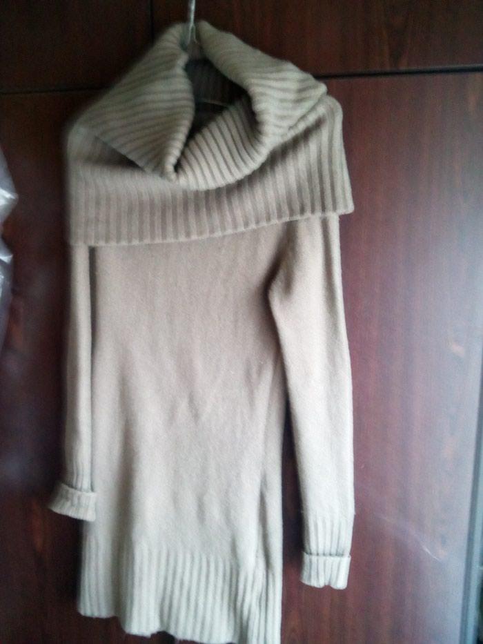 Καφέ ζεστό μάλλινο φόρεμα με μεγάλο γιακα no 2. Photo 0