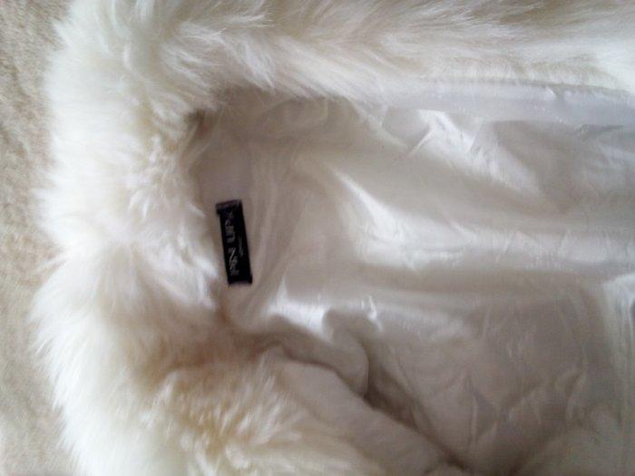 Λευκο γουνακι μεσατο. Photo 3