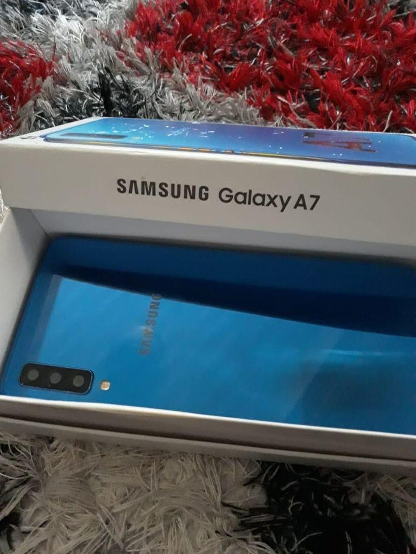 Μεταχειρισμένο Samsung A7 64 GB μπλε