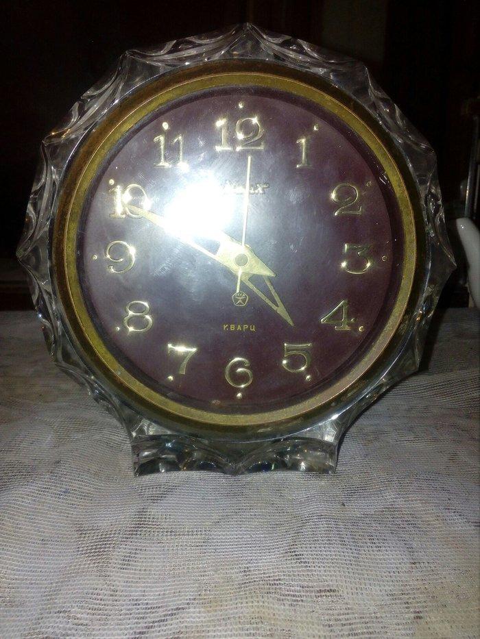 Biləsuvar şəhərində Antik temiz xrustal saat satilir. Rusuyadan alinib