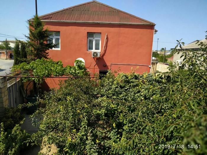 Satış Evlər vasitəçidən: 180 kv. m., 4 otaqlı. Photo 0