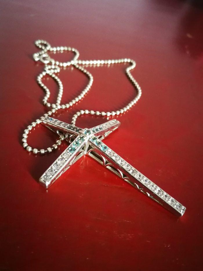 Σταυρος με την αλυσιδα του ασημι 2.5cmx1.7cm. Photo 0