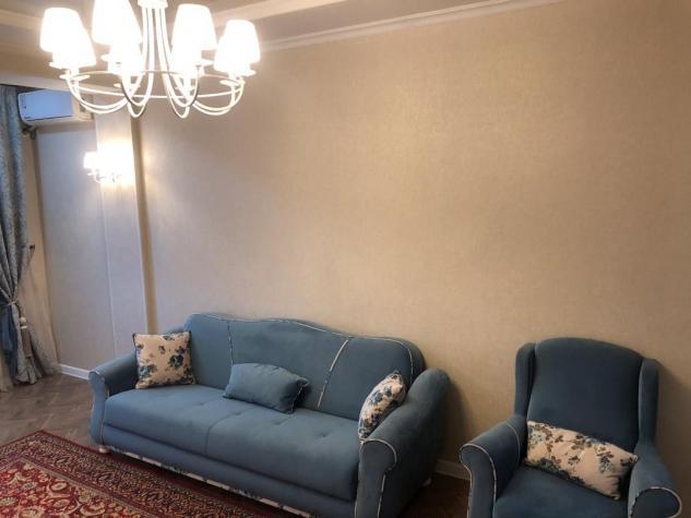 Продается квартира: 2 комнаты, 64 кв. м., Бишкек. Photo 0