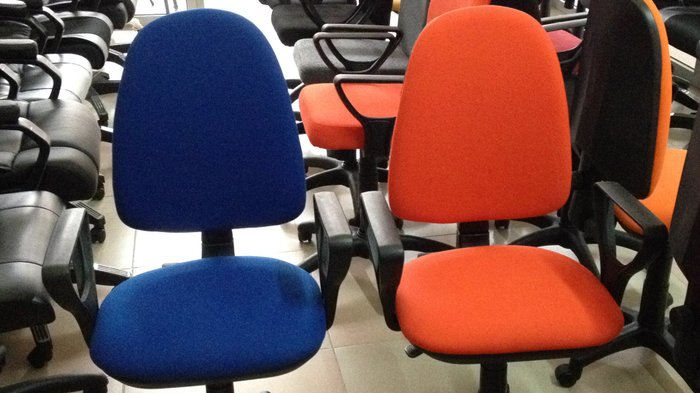 Офисная мебель! кресла,стулья,столы,шкафы,сейфы! по выгодным ценам. Photo 4