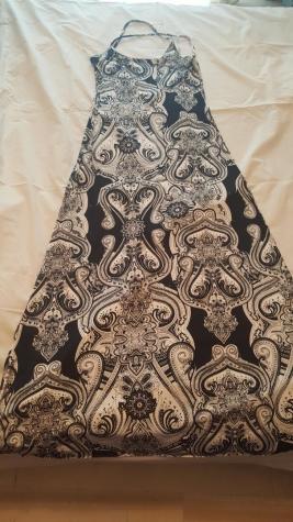 Μαξι εξωπλατο φόρεμα