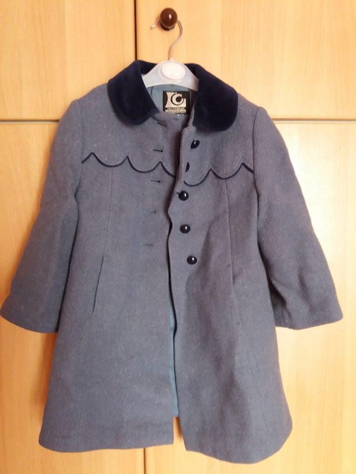 Μάλλινο παλτό για κορίτσι σε άριστη κατάσταση, μέγεθος 4 ετών. Photo 0