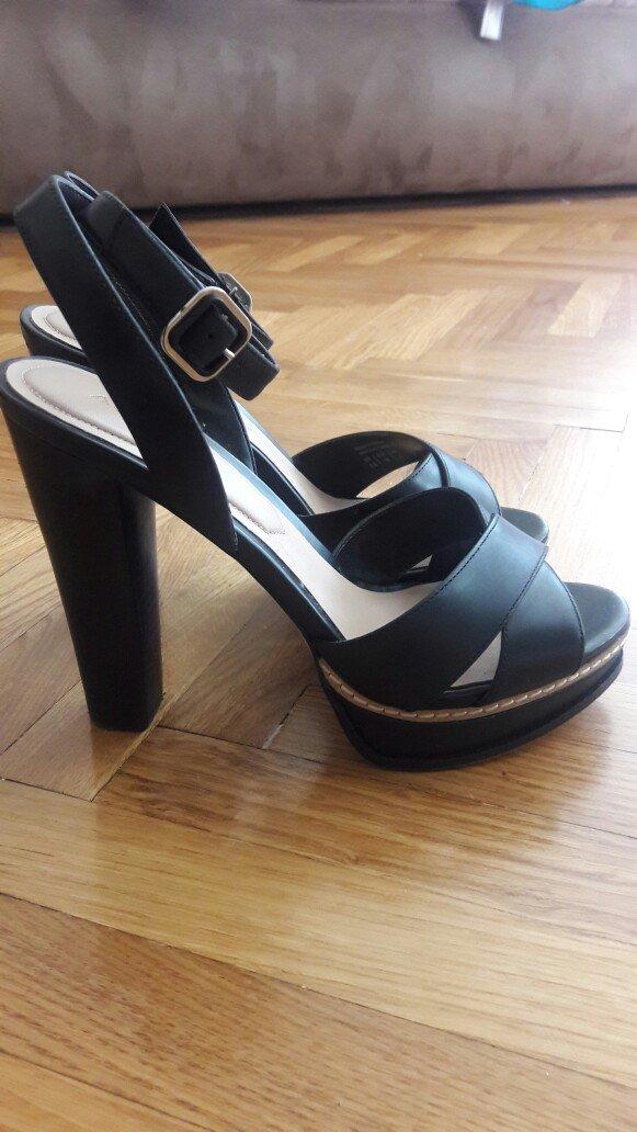Nove, aldo kozne sandale br. 37 . Photo 6