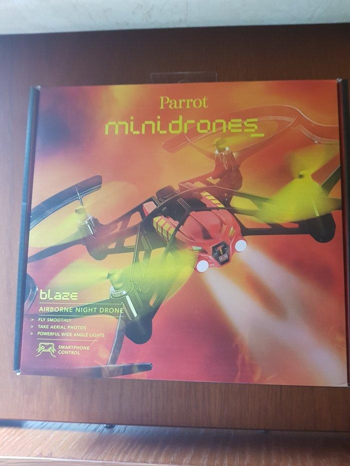 Minidrone parrot airborne night blaze, καινούριο, σφραγισμένη συσκευασία, συμβατότητα: ios / android, αναλυση φωτογραφίας: vga (480×640) 300 000 pixels, ταχύτητα πτήσης 18 km/h, τηλεχειριστήριο: smartphone / tablet