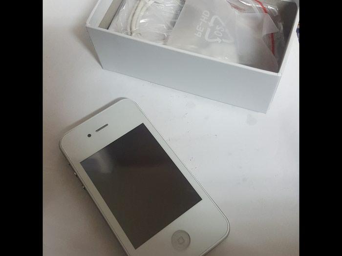 Kopija Iphone 4S nov ispravan radi uz njega punjac slusalice. Photo 0