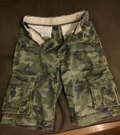 Gap boys cargo shorts with pockets and adjustable waist
