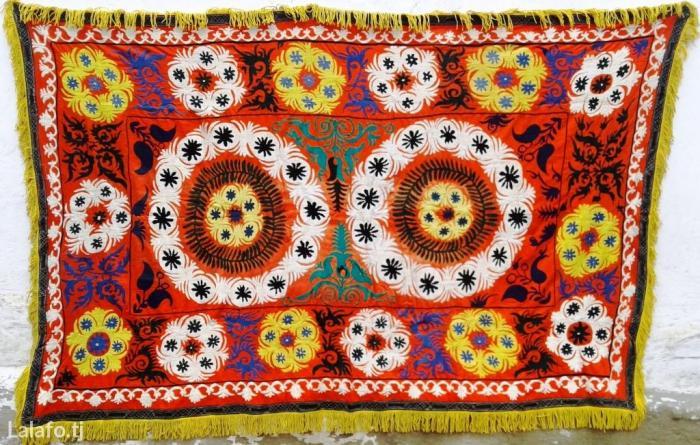 Старинное сюзане ручной работы на в Душанбе