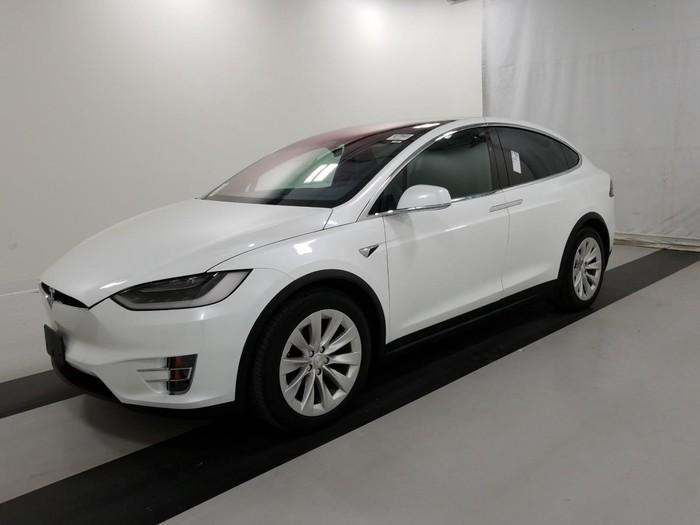 Tesla 2017. Photo 0