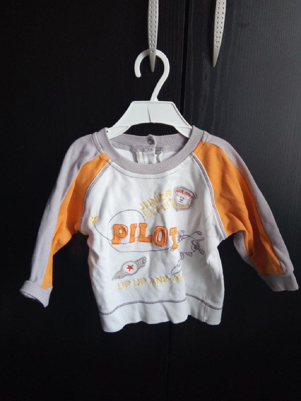 Decija bluza bez ostecenja. Za uzrast do 12 meseci